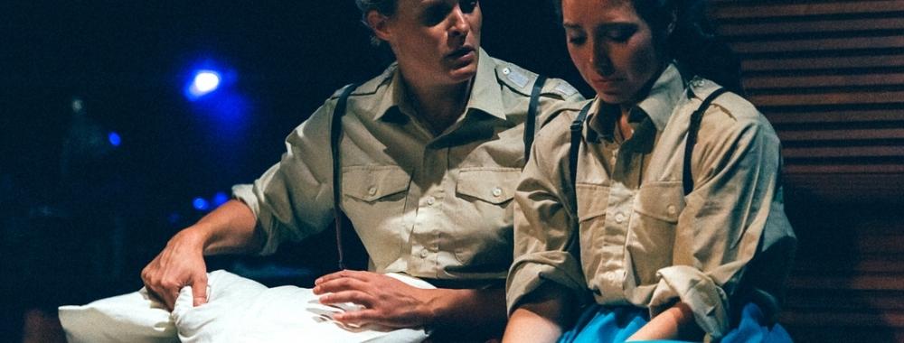Henri Merriam as Emilia and Helen Coles as Desdemona